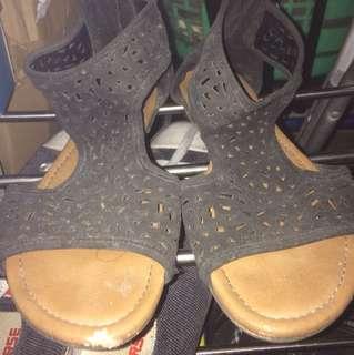 Womens sandals gladiator type