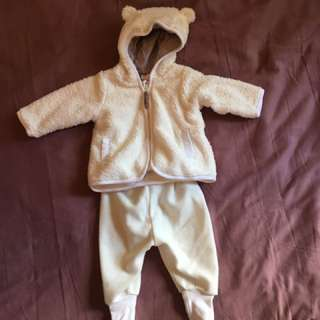 Cute fleece outfit for baby