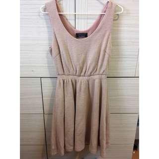 🚚 Pink girth dress