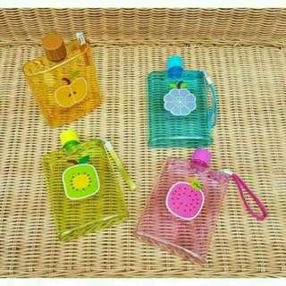 Botol minum buah-buahan