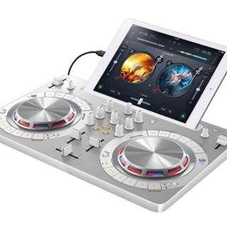 Pioneer DDJ-WEGO3-K Compact DJ 4/Dual Deck Controller, White