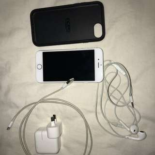 IPHONE 6 WITH ACCESORIES