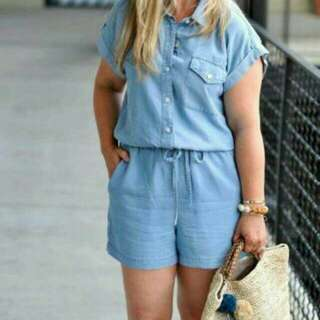 Casual denim jumpshort