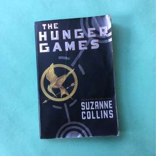 Hunger Games Book 1 by Suzanne Collins Paperback