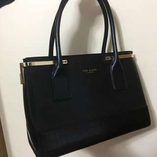 Ted Baker POPPY WOMEN'S TEXTURE HINGED CORNER TOTE BAG BLACK