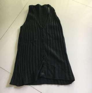 Black singlet vest