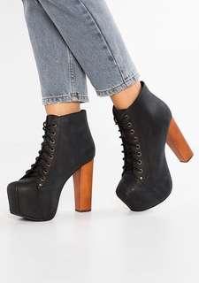 (WTT) authentic jeffrey campbell black lita boots