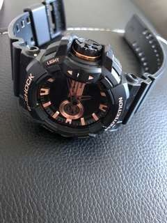 Authentic gshock ! Used but not abused.