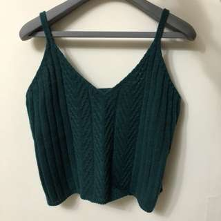 針織細肩短版背心-深綠
