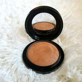 MAC Mineralize SkinFinish (Give Me Sun!)