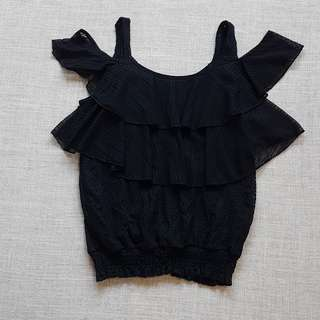 Off Shoulder Ruffles Top in Black | Brand new condition | Stylish Fashionable Trendy Nice Gorgeous Latest Japanese & korean Style | Best Woman Fashion | Singapore  No.1 blogshop