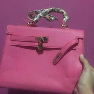 Hermes pink