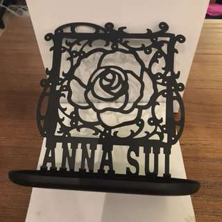 Anna Sui Earrings stand