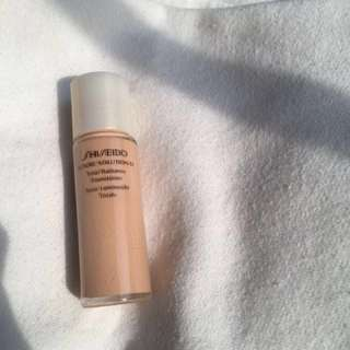 Authentic Shiseido Future Solution LX Total Radiance Foundation