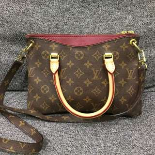 Sling Bag Lv Pallas 💯% Leather