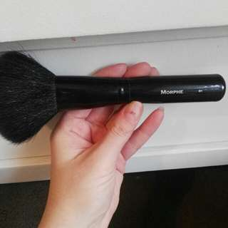 Morphe powder brush
