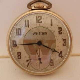 40年代 美國華爾頓縂統系列機械上鍊懷錶 American Waltham Premier Series Mechanical Pocket Watch: 100% USA made 原裝美國制造古舊華爾頓原裝錶面original old dial,原裝10K Gold Filled Watch Case 混金錶殼(直徑約42mm in Diameter),working condition 運作正常。