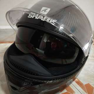 GOOD DEAL!!! Shark Spartan Carbon fibre Full Face Helmet size L