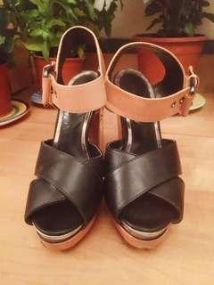 TOPSHOP Colour Blocking Heels