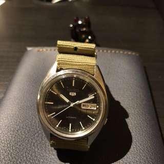 Seiko 精工錶 五仔 自動錶 日曆星期 特色灰格仔面 懷舊鐘錶 淨錶頭 唔跟帶 約37mm 已抹油 (但星期有時會跳得不順暢)