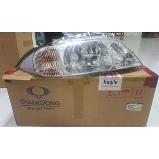 Genuine Ssangyong Musso Sport Headlight