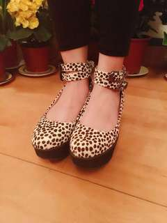 TOPSHOP Leopard Pint Shoes
