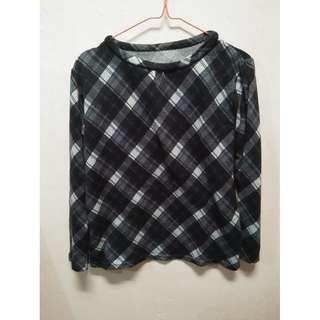 Sweater Black White