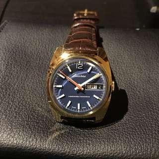 Lucerne Swiss Made watch 端士手上鏈機械錶 藍色表面金色表殻凸膠面!絕板!99% new ! 非常新淨狀態十分之良好!