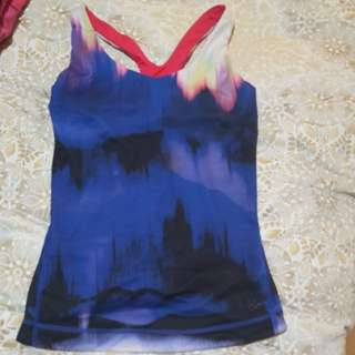 Workout top size 8