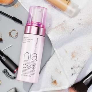 🆕 NIA ♥️♥️ Wash + Glow Hydrating Cleansing Foam 150ml
