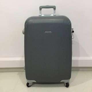"""LOJEL 26""""-27"""" Hard Case Luggage"""