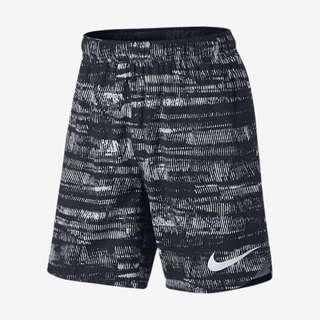 Nike透氣休閒運動短褲