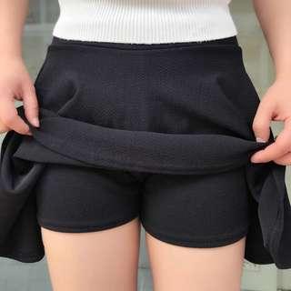 全新 短裙連打底短褲 運動 出街 返工 都適合