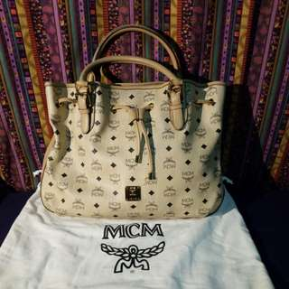 MCM Visetos Drawstring Medium