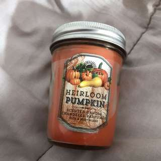 Bath & Body Works - Heirloom Pumpkin Scented Candle