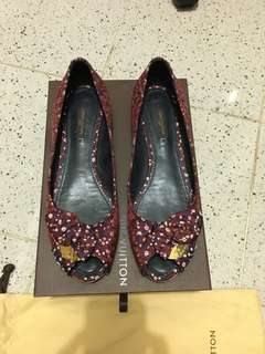 Louis Vuitton LV Floral Satin Catania Bow Ballet size 38.5.