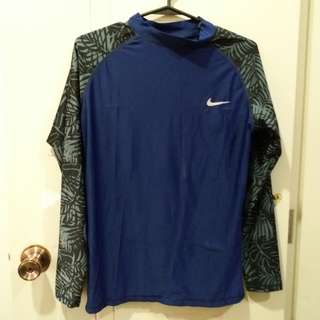 Nike rash guard with shorts set
