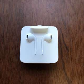 Original iphone earpiece with adapter