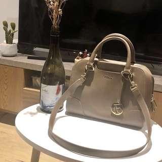 Authentic FURLA Medium Leather Tote Bag Agave OS