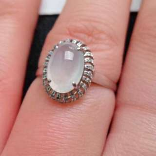 🎍18K White Gold - Grade A Icy White Oval Cabochon Jadeite Jade Ring🎍