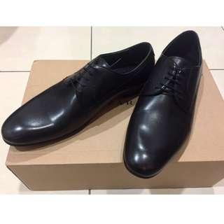 ZARA黑皮鞋/德比鞋 全新