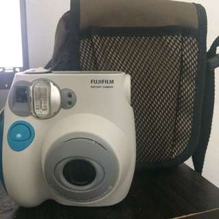 Polaroid Instant Camera (Free Pouch)