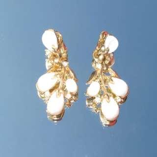 1950s vintage 乳白色耳夾式耳環