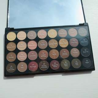 (NO DISCOUNT) Makeup Revolution - Ultra 32 Shade Eyeshadow Palette