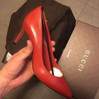 Gucci 高踭鞋。全新未使用品。塵袋,原盒配件齊。