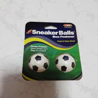 Sneaker balls shoe freshener