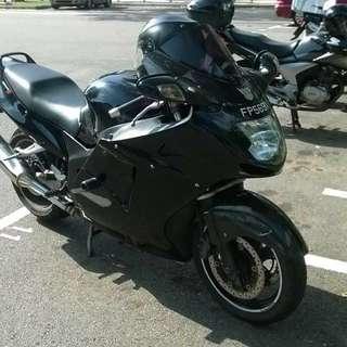 Honda CBR1100XX Super Blackbird 1996 Specification
