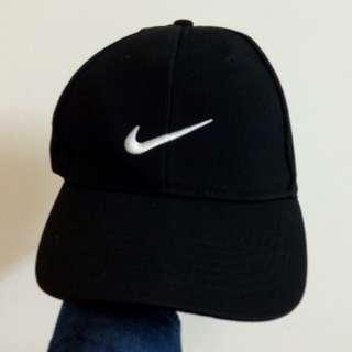 Nike黑色老帽 鴨舌帽