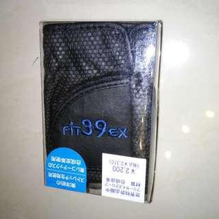 日本彈性哥爾夫球手套 size M/L $180 each