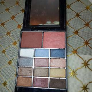 fashion 21 eyeshadow and blush pallete